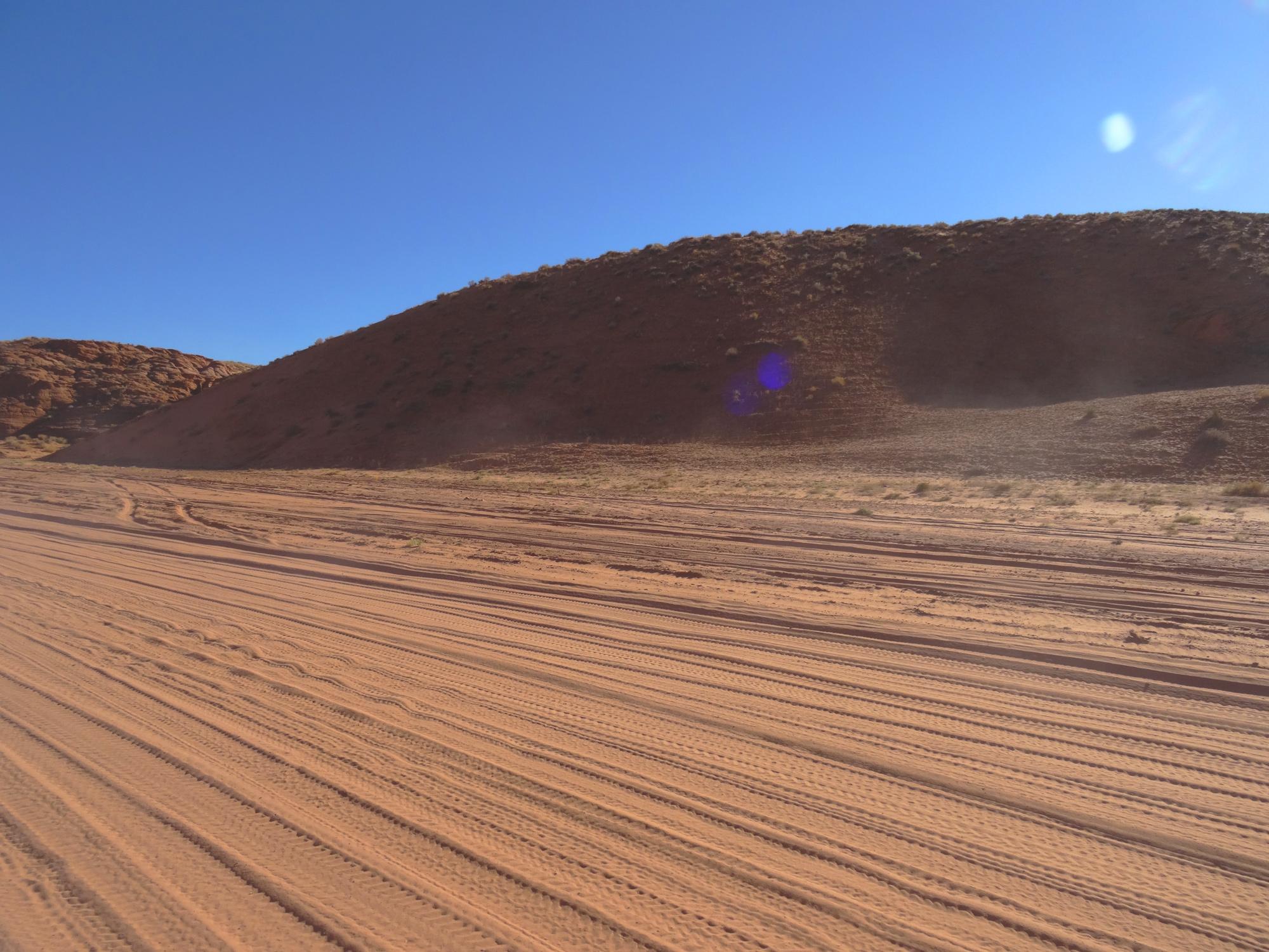 road to antelope canyon